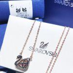 Swarovski Dây Chuyền Vàng Hồng Facet Swan Thiên Nga Màu Đen 5281275