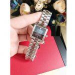Tissot T-Collection Mặt Khảm Trai Hình Vuông Dây Kim Loại Màu Bạc Lịch Ngày T090.310.11.121.01