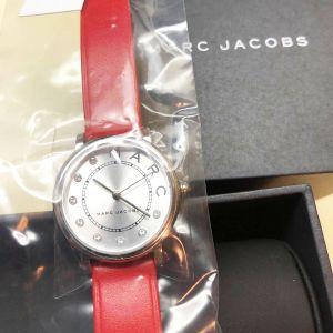 Marc Jacobs Classic Baker Mặt Tròn Màu Bạc Dây Da Màu Đỏ MJ1632