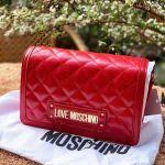 Moschino Quilted Crossbody Màu Đỏ Size 23