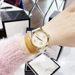 Gucci G-Timeless Mặt Tròn Viền Vàng Dây Da Màu Trắng YA1264096