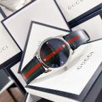 Gucci G-Timeless Mặt Tròn Dây Da Kẻ Sọc Đen Xanh Đỏ YA1264079