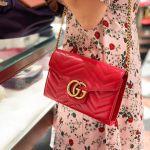 Gucci GG Marmont Matelassé Màu Đỏ Logo Dây Xích Màu Vàng 474575 DTD1T