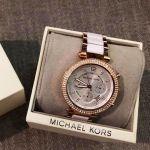 Michael Kors Parker Chronograph Mặt Tròn Màu Bạc Viền Vàng Hồng Dây Kim Loại Lịch Ngày MK5774