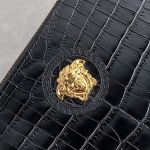 Versace Medusa Mock Croc Clutch Màu Đen Vân Cá Sấu