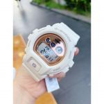 Casio G Shock Mặt Tròn Màu Hồng Dây Cao Su Màu Trắng Lịch Ngày Thứ GMD-S6900MC-7