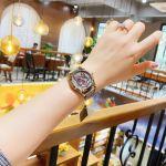 Gucci G-Timeless Mặt Tròn Viền Vàng Dây Da Màu Nâu YA1264057