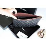 Chanel Classic Pouch Màu Đen A82545